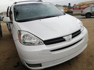 Toyota Sienna 2005 White | Cars for sale in Lagos State, Ojodu
