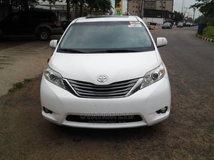 Toyota Sienna 2011 XLE 8 Passenger White | Cars for sale in Lagos State, Abule Egba