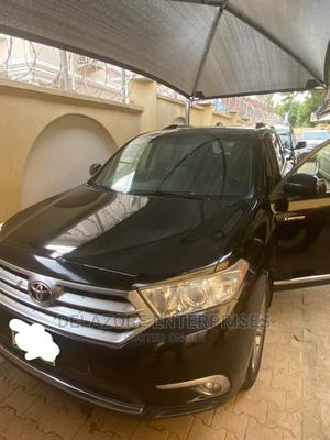 Toyota Highlander 2013 3.5L 4WD Black | Cars for sale in Abuja (FCT) State, Maitama