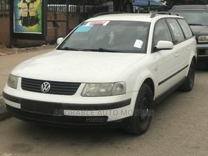 Volkswagen Passat 2005 Wagon GL White   Cars for sale in Lagos State, Ikeja