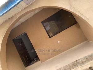 2bdrm Bungalow in Commodore, Ibadan for Rent | Houses & Apartments For Rent for sale in Oyo State, Ibadan