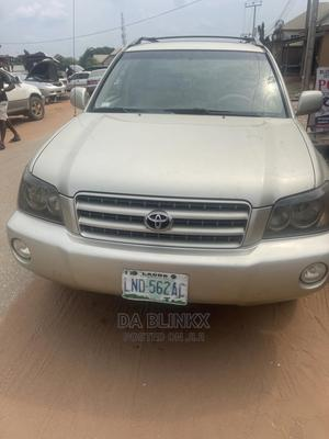 Toyota Highlander 2003 V6 AWD Gold | Cars for sale in Imo State, Owerri