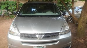 Toyota Sienna 2005 LE AWD Silver   Cars for sale in Lagos State, Magodo