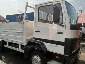 Mercedes Benz Pick Up Truck 4 Cylinder | Trucks & Trailers for sale in Lagos State, Apapa