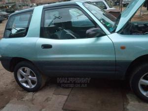 Toyota RAV4 2000 Automatic Green | Cars for sale in Lagos State, Isolo