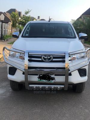 New Toyota Hilux 2019 SR5 4x4 White | Cars for sale in Abuja (FCT) State, Central Business District
