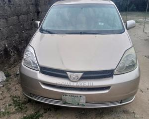 Toyota Sienna 2005 Gold | Cars for sale in Rivers State, Port-Harcourt