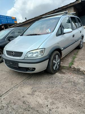 Opel Zafira 2004 1.8 Silver | Cars for sale in Oyo State, Ibadan