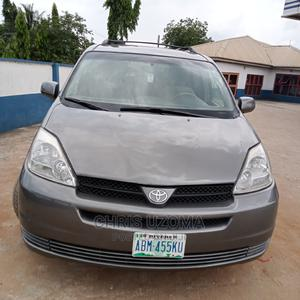 Toyota Sienna 2004 Gray | Cars for sale in Imo State, Owerri