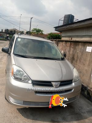 Toyota Sienna 2005 LE AWD Gold | Cars for sale in Rivers State, Port-Harcourt