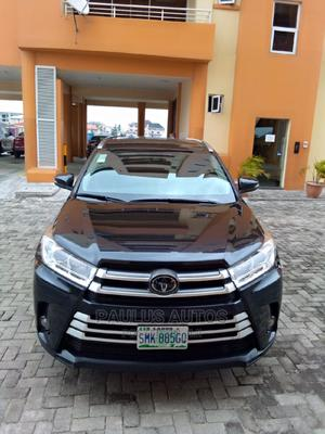 Toyota Highlander 2018 XLE 4x4 V6 (3.5L 6cyl 8A) Black   Cars for sale in Lagos State, Surulere