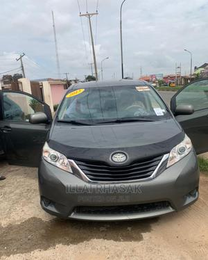 Toyota Sienna 2013 LE FWD 8-Passenger Gray | Cars for sale in Lagos State, Ikeja