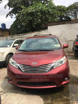 Toyota Sienna 2012 XLE 8 Passenger Red | Cars for sale in Lagos State, Abule Egba