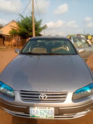 Toyota Camry 2000 Gray   Cars for sale in Ogun State, Ado-Odo/Ota
