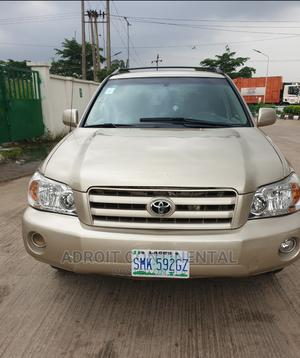 Toyota Highlander 2005 Limited V6 Gold | Cars for sale in Lagos State, Agege