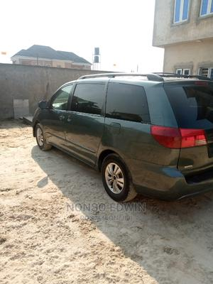 Toyota Sienna 2005 XLE Gray   Cars for sale in Lagos State, Ajah