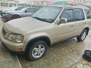 Honda CR-V 2000 Gold | Cars for sale in Lagos State, Ogba