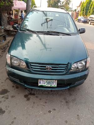 Toyota Picnic 2002 2.0 FWD Green | Cars for sale in Lagos State, Ogba
