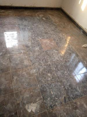 Tiler/Tile SETTER   Construction & Skilled trade CVs for sale in Anambra State, Aguata