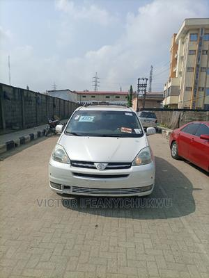 Toyota Sienna 2005 XLE Limited White   Cars for sale in Lagos State, Isolo