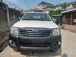 Toyota Hilux 2012 2.5 D-4d 4X4 SRX White | Cars for sale in Lagos State, Ojodu