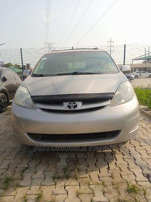 Toyota Sienna 2007 XLE 4WD Silver   Cars for sale in Lagos State, Ajah