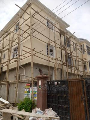 2bdrm Block of Flats in Golden Pearl Estate, Off Lekki-Epe Expressway | Houses & Apartments For Rent for sale in Ajah, Off Lekki-Epe Expressway