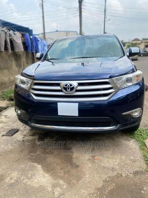 Toyota Highlander 2013 3.5L 4WD Blue   Cars for sale in Abuja (FCT) State, Asokoro