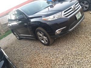 Toyota Highlander 2012 Black | Cars for sale in Abuja (FCT) State, Asokoro