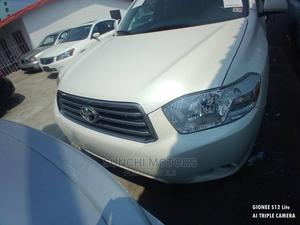 Toyota Highlander 2009 V6 White | Cars for sale in Lagos State, Ibeju