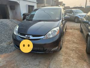 Toyota Sienna 2009 XLE AWD Gray   Cars for sale in Oyo State, Ibadan
