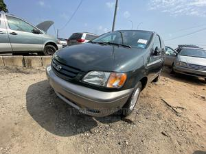 Toyota Sienna 2003 LE Green | Cars for sale in Lagos State, Apapa