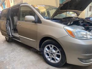 Toyota Sienna 2005 XLE Limited Gold | Cars for sale in Lagos State, Mushin