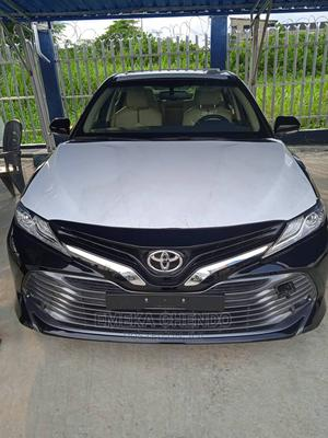 New Toyota Camry 2020 XLE V6 FWD Black | Cars for sale in Bayelsa State, Yenagoa