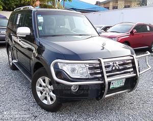 Mitsubishi Pajero 2009 3.8 V6 GLS/GLX Black | Cars for sale in Lagos State, Ogudu