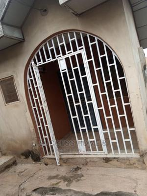 2bdrm Block of Flats in Elewuro Akobo For Rent | Houses & Apartments For Rent for sale in Ibadan, Akobo