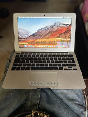 Laptop Apple MacBook Air 2010 2GB Intel Core 2 Duo 60GB | Laptops & Computers for sale in Abuja (FCT) State, Gwarinpa