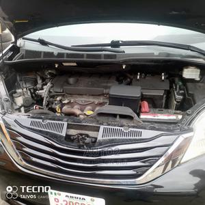 Toyota Sienna 2012 LE 8 Passenger Black | Cars for sale in Lagos State, Ajah