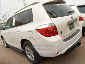 Toyota Highlander 2010 Limited White   Cars for sale in Lagos State, Ojo