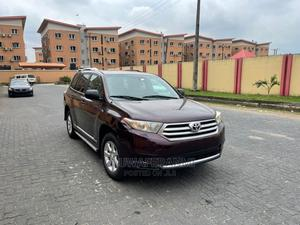 Toyota Highlander 2013 Limited 3.5l 4WD Purple   Cars for sale in Lagos State, Ogba