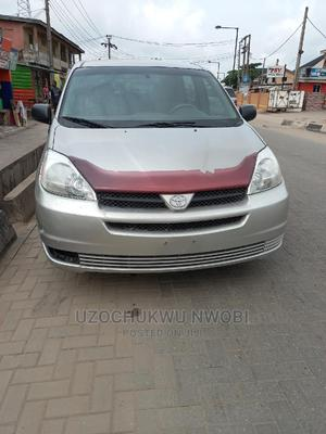 Toyota Sienna 2004 CE FWD (3.3L V6 5A) Gray | Cars for sale in Lagos State, Amuwo-Odofin
