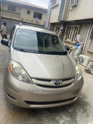 Toyota Sienna 2008 Gold   Cars for sale in Lagos State, Ajah