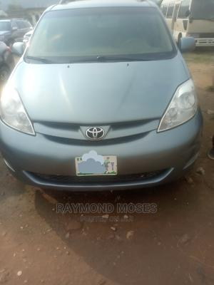 Toyota Sienna 2010 Blue   Cars for sale in Abuja (FCT) State, Nyanya