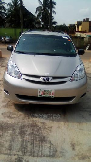 Toyota Sienna 2007 Gold | Cars for sale in Lagos State, Ipaja