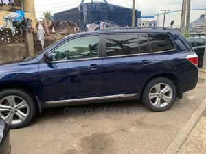 Toyota Highlander 2013 3.5L 2WD Blue | Cars for sale in Abuja (FCT) State, Gudu