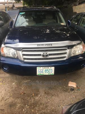 Toyota Highlander 2003 V6 AWD Blue | Cars for sale in Lagos State, Surulere