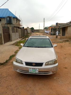 Toyota Camry 2001 Gold | Cars for sale in Lagos State, Ikotun/Igando