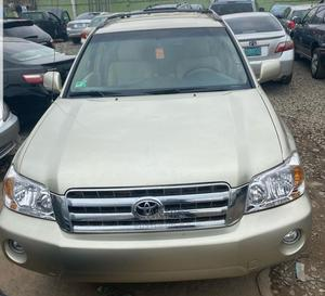 Toyota Highlander 2002 Gold   Cars for sale in Lagos State, Ogba