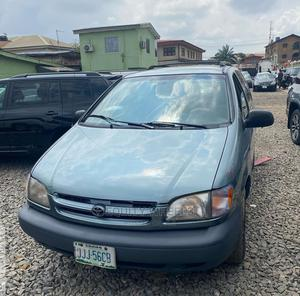 Toyota Sienna 2000 LE & 1 Hatch Blue | Cars for sale in Lagos State, Ogba
