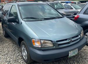 Toyota Sienna 2000 Blue | Cars for sale in Lagos State, Ogba